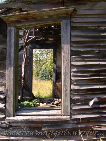 923 window